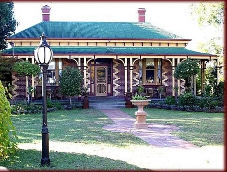 Tara House Bed and Breakfast - Accommodation 4U