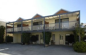 Freo Mews Executive Apartments - Accommodation 4U